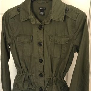 Juniors/Teen Army Green Jacket Size M